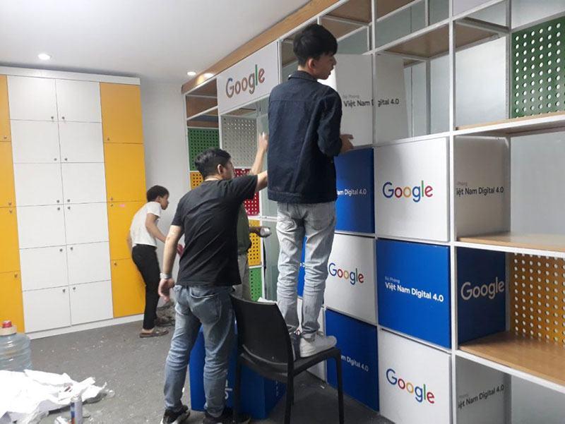 Morning Dough - Google Bug, Facebook Crisis Report & More
