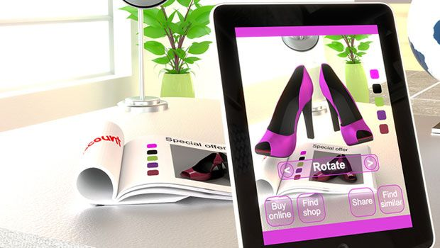 Retailers to Consumers: Let's Get 'Phygital'