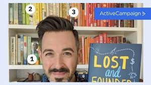 What Do Marketing Influencers Bookshelves Reveal?