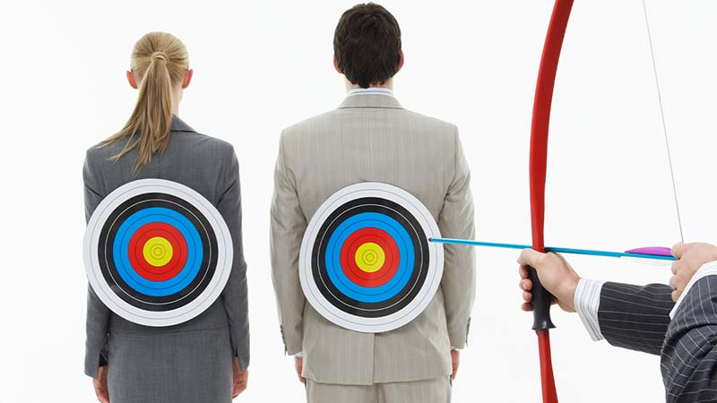 What is the Difference Between Remarketing and Retargeting?