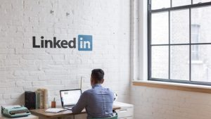 LinkedIn given another chance to stop data scraping